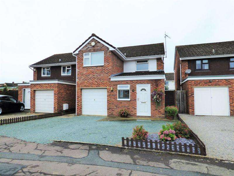 3 Bedrooms Detached House for sale in Westland Road, Gloucester