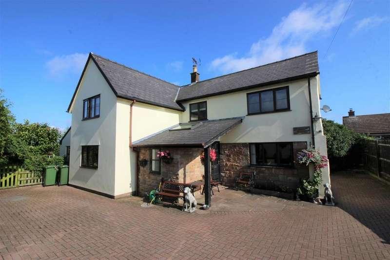 3 Bedrooms Cottage House for sale in Dockham Road, Cinderford
