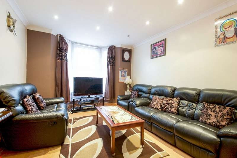 3 Bedrooms House for sale in Deanery Road, London, E15