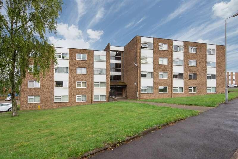 1 Bedroom Flat for sale in Garfield Court, Handcross Road, Luton