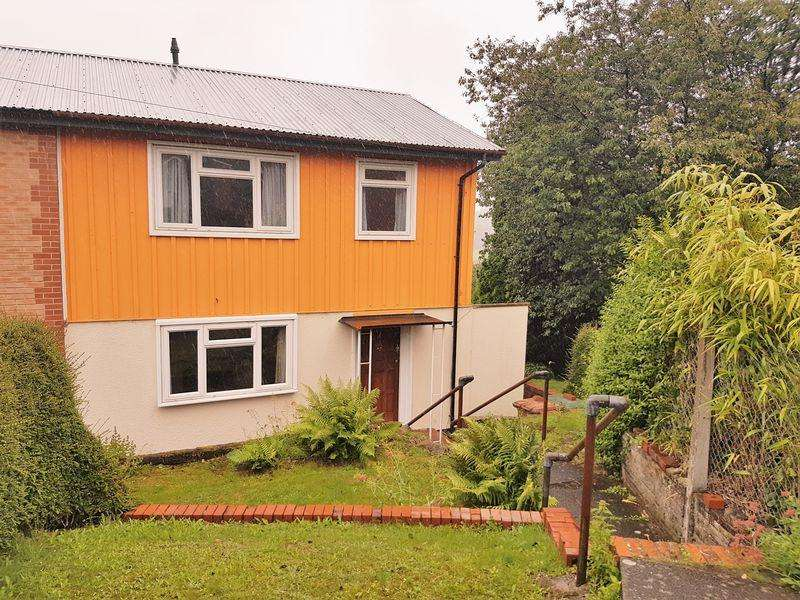 3 Bedrooms Semi Detached House for rent in Hawthorne Avenue, Hengoed