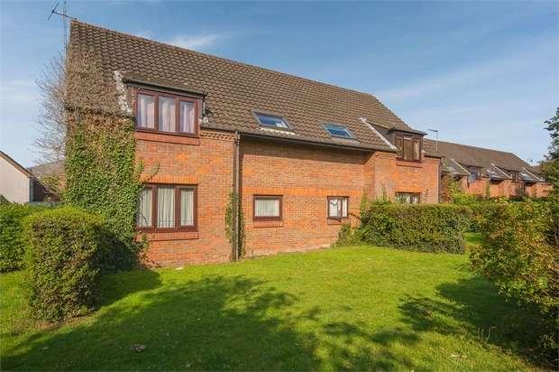 1 Bedroom Maisonette Flat for sale in Blueberry Close, St Albans, Hertfordshire