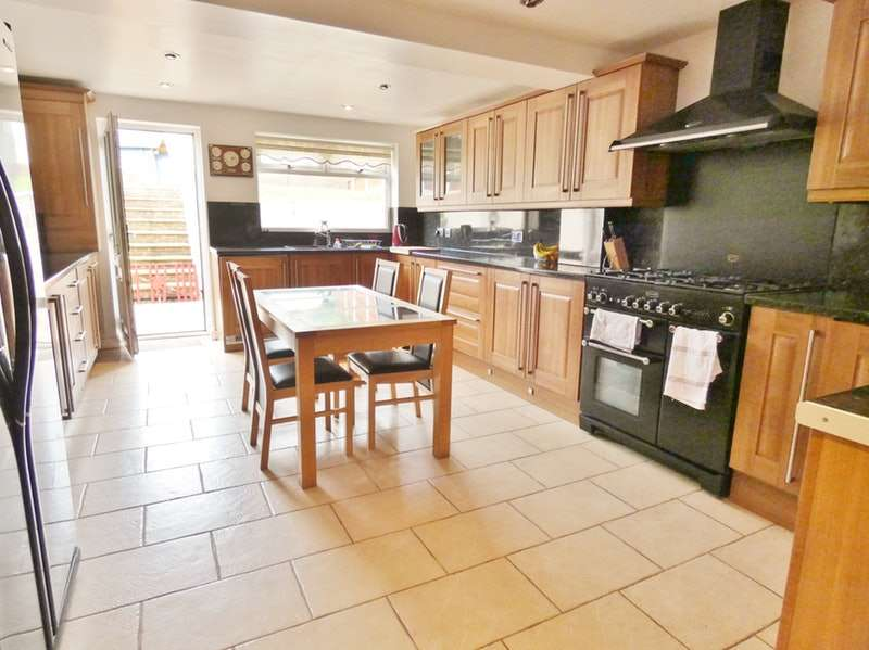 4 Bedrooms Detached House for sale in Penhale Close, Aigburth, Merseyside, L17
