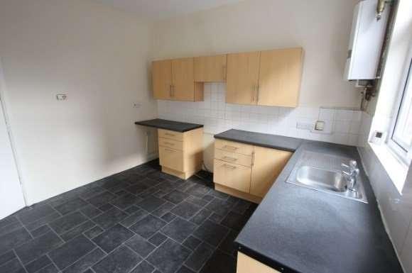 4 Bedrooms Property for rent in 1 Gartside Street, Ashton