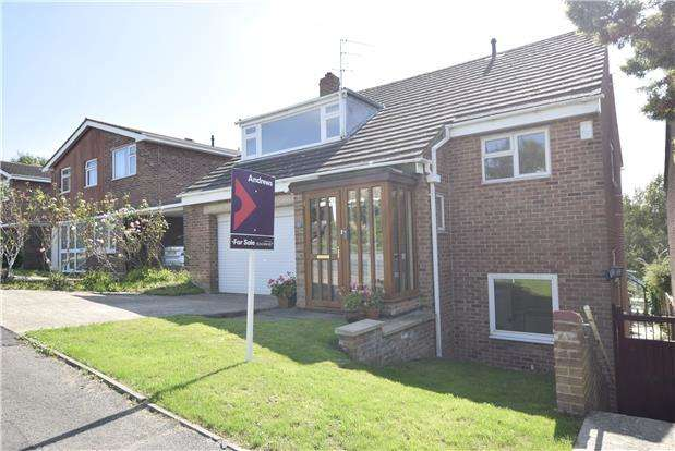 5 Bedrooms Detached House for sale in Lawrence Close, Charlton Kings, CHELTENHAM, Gloucestershire, GL52 6NN