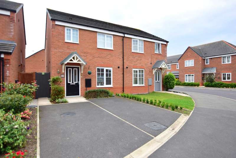 3 Bedrooms Semi Detached House for sale in Buttercup Way, Warton, PR4 1EQ