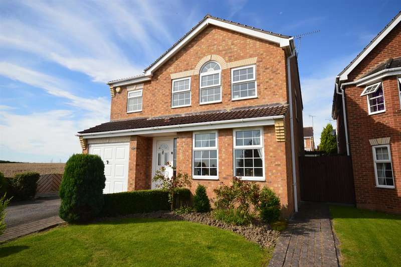 4 Bedrooms Detached House for sale in Blue Lodge Close, Inkersall, Chesterfield, S43 3GF