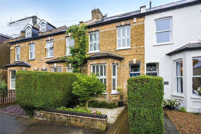 4 Bedrooms Terraced House for sale in Pemberton Road, East Molesey, Surrey, KT8