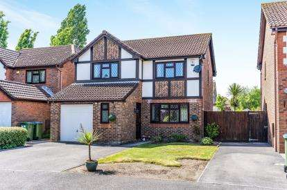 4 Bedrooms Detached House for sale in Waterside Park, Southampton, Hampshire