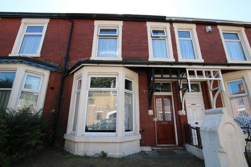 4 Bedrooms Property for sale in Manor Road, Blackburn, Lancashire, BB2 6LU