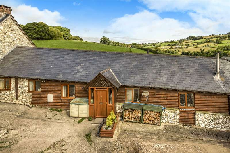 3 Bedrooms Terraced Bungalow for sale in Blamphayne Farm, Northleigh, Colyton, Devon, EX24