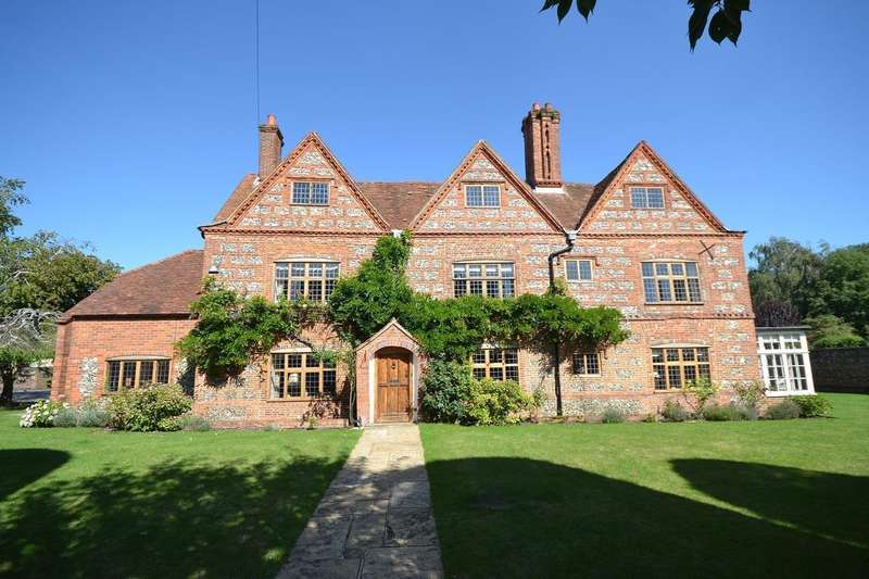 5 Bedrooms Detached House for sale in St Barnabas Road, Reading