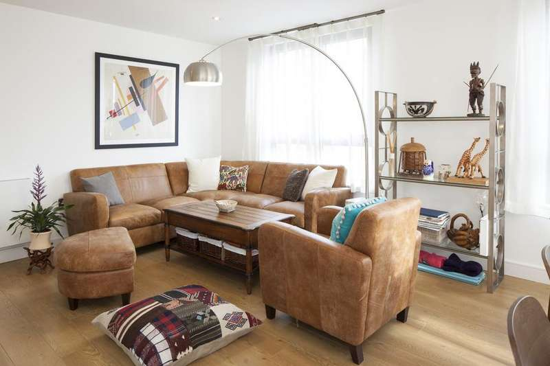 3 Bedrooms Flat for rent in Silwood Street, London SE16
