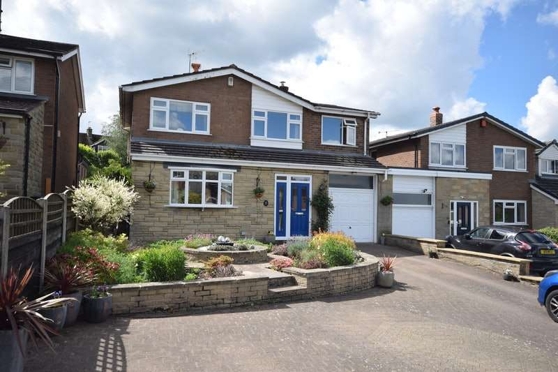 5 Bedrooms Link Detached House for sale in Millers Meadow, Macclesfield, Cheshire, SK10
