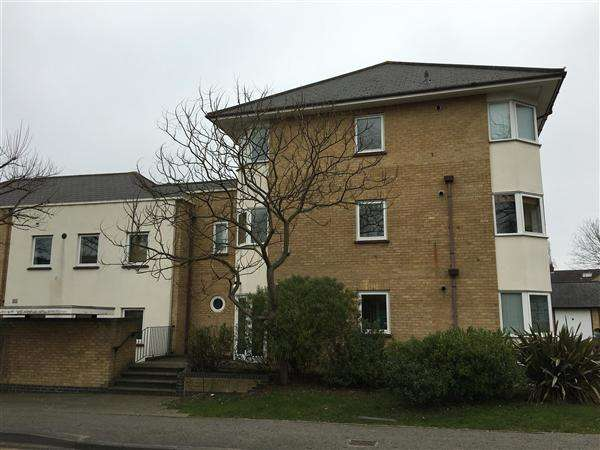2 Bedrooms Apartment Flat for sale in Duncan Place, Wood Street, Chelmsford
