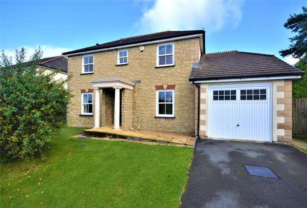 4 Bedrooms Detached House for sale in Wilkinson Close, Kelly Bray, Callington, Cornwall