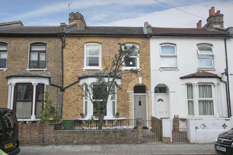 3 Bedrooms Terraced House for sale in Hollydale Road, Nunhead, SE15
