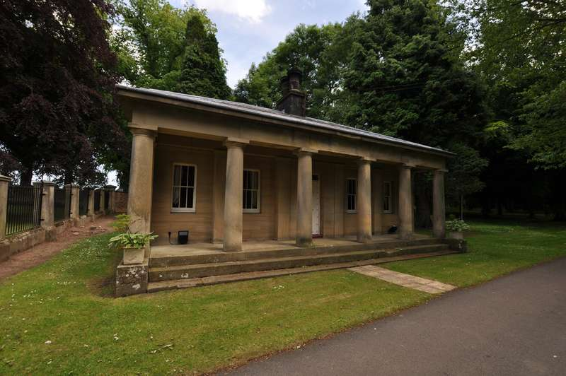 2 Bedrooms Cottage House for rent in Mitford Hall, Morpeth