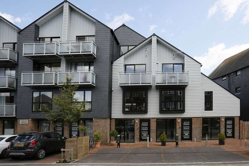 4 Bedrooms Town House for sale in Falcon Wharf, Railway Lane, Lewes
