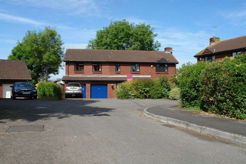 5 Bedrooms Property for sale in Earlesfield, Nailsea