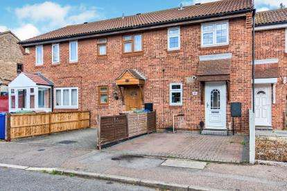 2 Bedrooms Semi Detached House for sale in Tilbury, Essex
