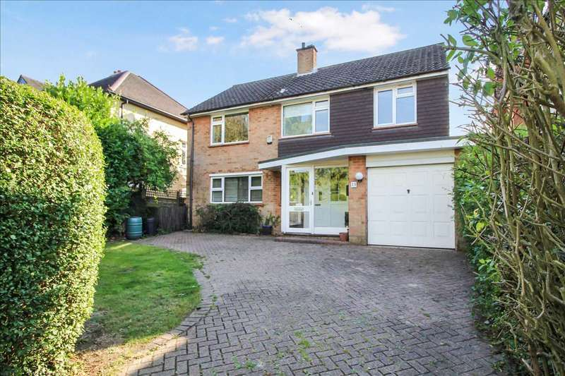 3 Bedrooms Detached House for sale in Holmwood Avenue, Shenfield