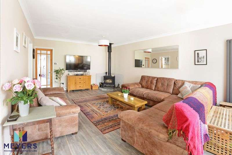 5 Bedrooms Property for sale in Linden Road, Poole