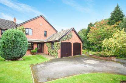 3 Bedrooms Link Detached House for sale in Edgehill Chase, Wilmslow, Cheshire, .
