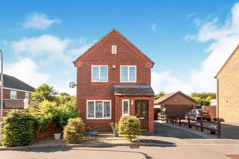 3 Bedrooms Detached House for sale in Mole Close, Stone Cross, Pevensey, BN24