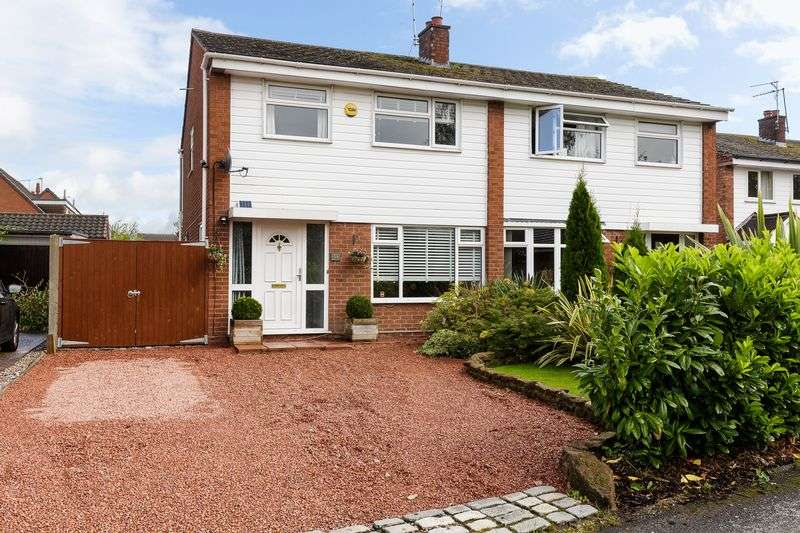 3 Bedrooms Property for sale in Booth Road, Hartford, Northwich