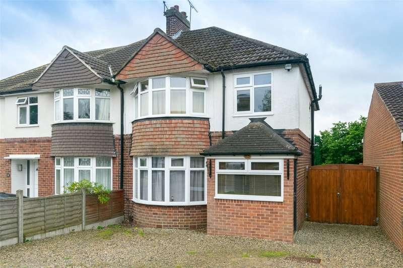 3 Bedrooms Semi Detached House for rent in Meadow Way, Leeds, West Yorkshire, LS17