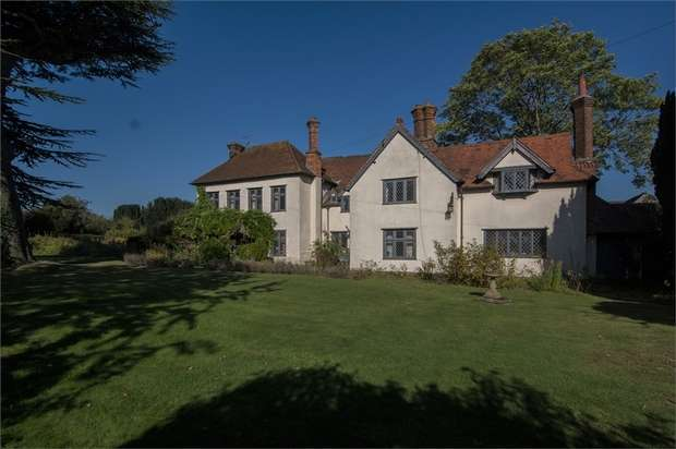 5 Bedrooms Detached House for sale in The Old House Parsonage Lane, Market Lavington, Devizes, Wiltshire