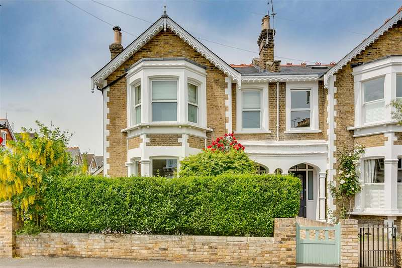 4 Bedrooms Semi Detached House for rent in Sutton Lane North, London, W4