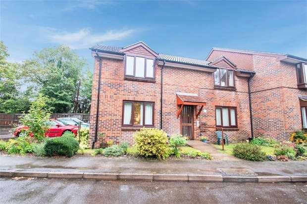 1 Bedroom Flat for sale in High Street, Abbots Langley, Hertfordshire