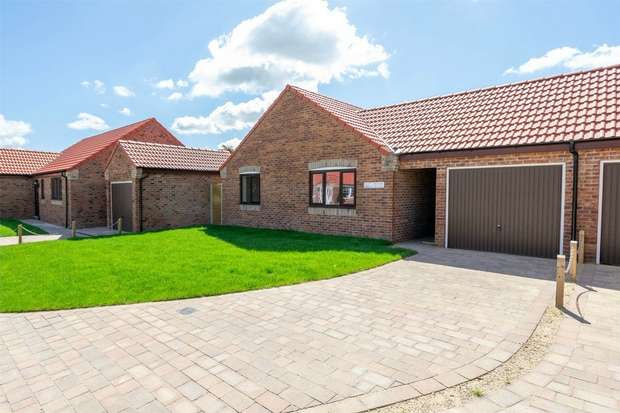3 Bedrooms Detached Bungalow for sale in Fakenham