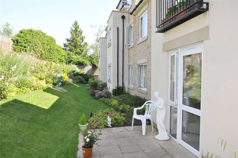 2 Bedrooms Flat for sale in Beecham Lodge, Somerford Road, Cirencester, GL7
