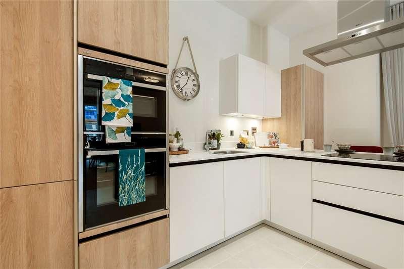 2 Bedrooms Retirement Property for sale in Coopers Hill Lane, Englefield Green, Egham, Surrey, TW20