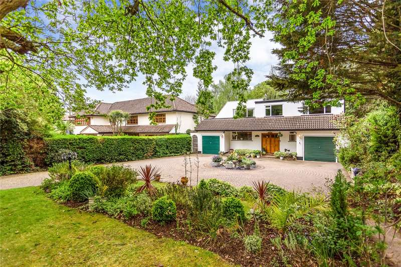5 Bedrooms Detached House for sale in Pynnacles Close, Stanmore, HA7