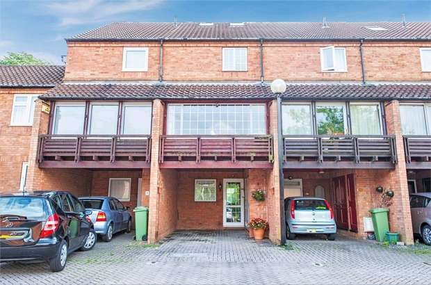 3 Bedrooms Terraced House for sale in Coopers Mews, Neath Hill, Milton Keynes, Buckinghamshire