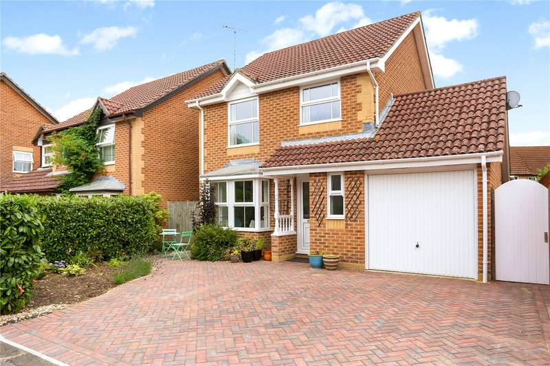 3 Bedrooms Detached House for sale in Tylston Meadow, Liphook, Hampshire, GU30
