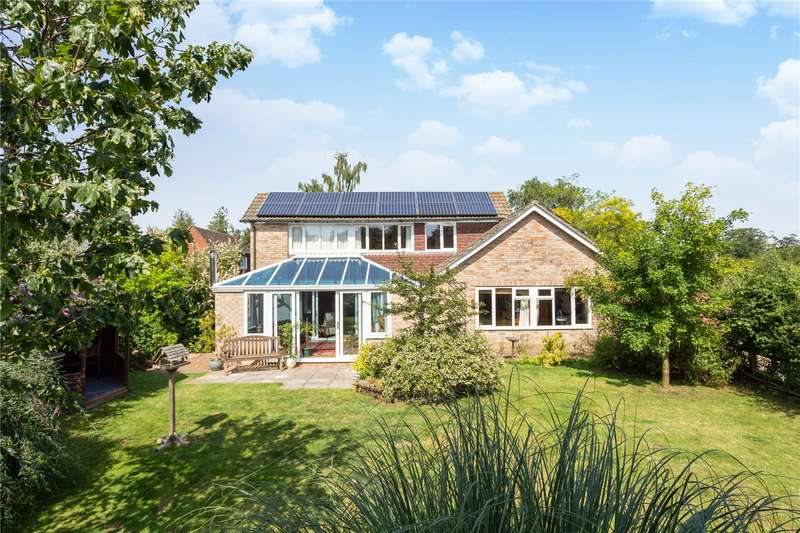 5 Bedrooms Detached Bungalow for sale in Woolton Hill, Newbury, Berkshire, RG20