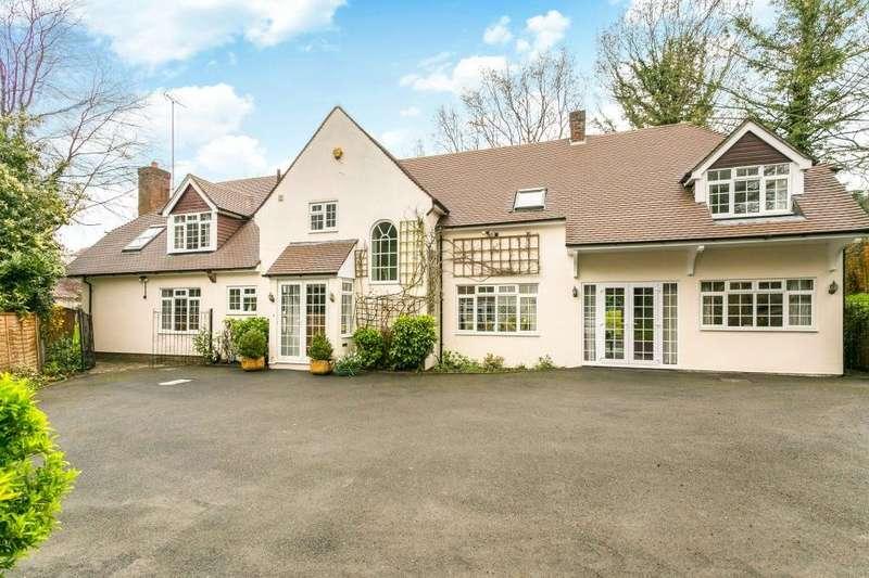 5 Bedrooms Detached House for sale in Loom Lane, Radlett, Hertfordshire, WD7
