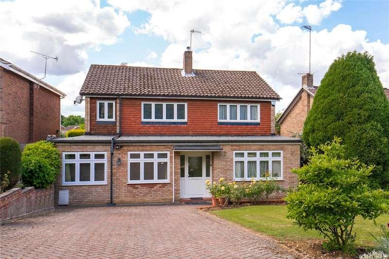 4 Bedrooms Detached House for sale in Paynesfield Road, Bushey Heath, Bushey, Hertfordshire, WD23