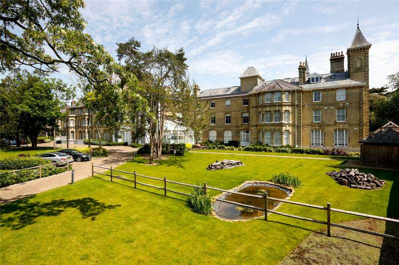 3 Bedrooms Flat for sale in Normansfield Court, 22 Langdon Park, Teddington, TW11