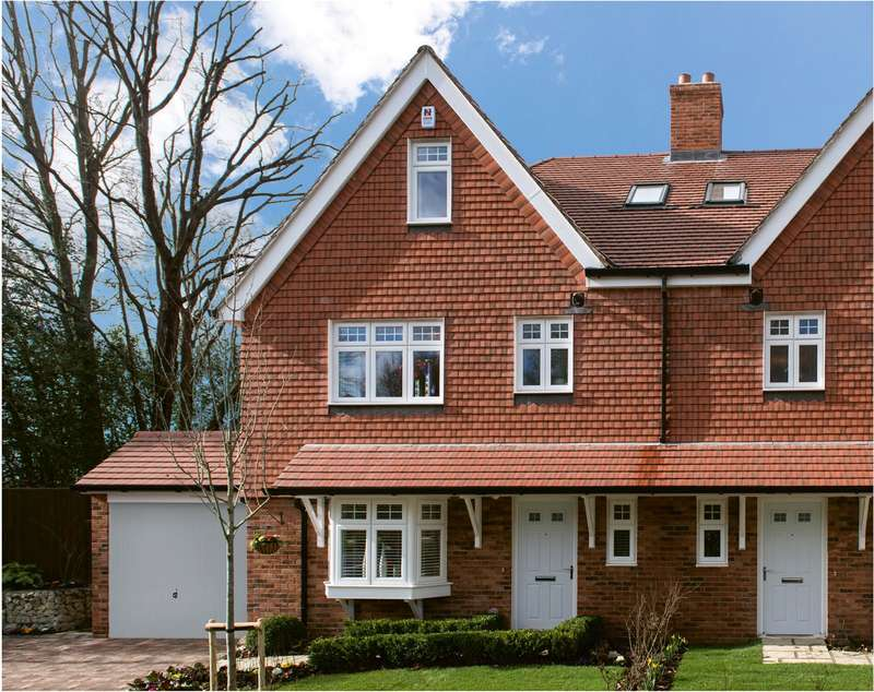 4 Bedrooms Semi Detached House for sale in Mayfield Place, Love Lane, Mayfield, East Sussex, TN20