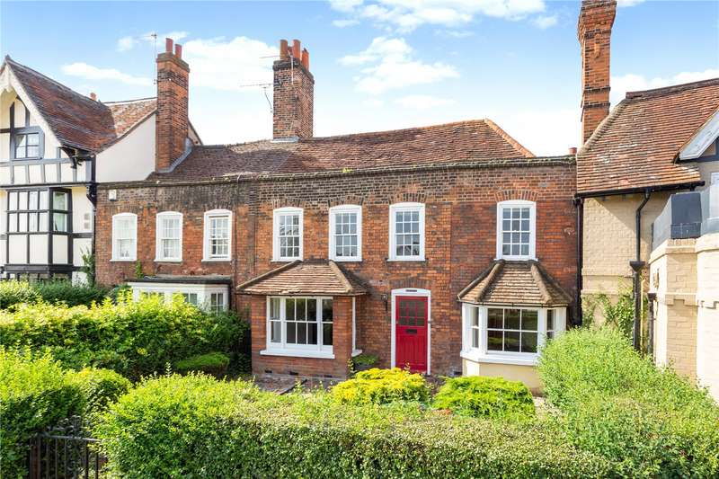 3 Bedrooms Terraced House for sale in The Green, Datchet, Berkshire, SL3