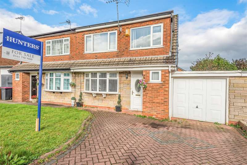 3 Bedrooms Semi Detached House for sale in Standfield Drive, Worsley, Manchester, M28 1WB