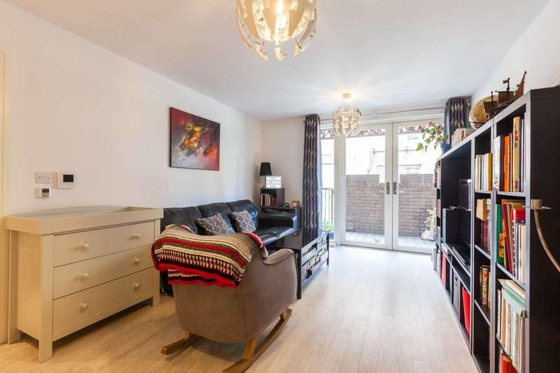 1 Bedroom Flat for sale in Blondin Way, Canada Water, SE16