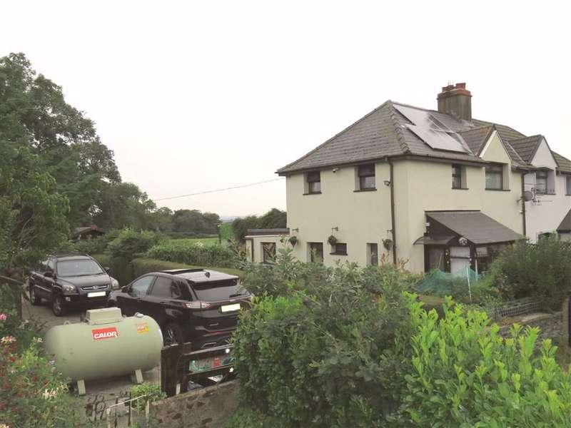 3 Bedrooms Semi Detached House for sale in Ty Newydd Cottages, Llanfabon, Nelson
