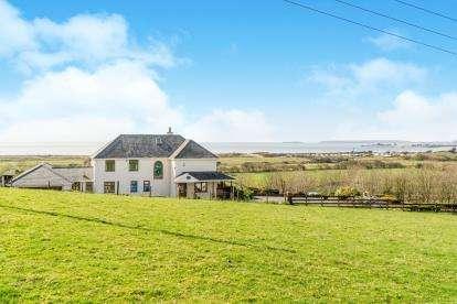 5 Bedrooms Detached House for sale in Abererch, Pwllheli, Gwynedd, ., LL53